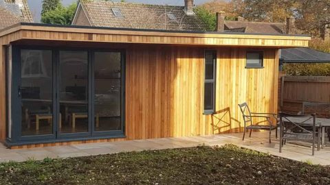 Well presented luxury garden studio.
