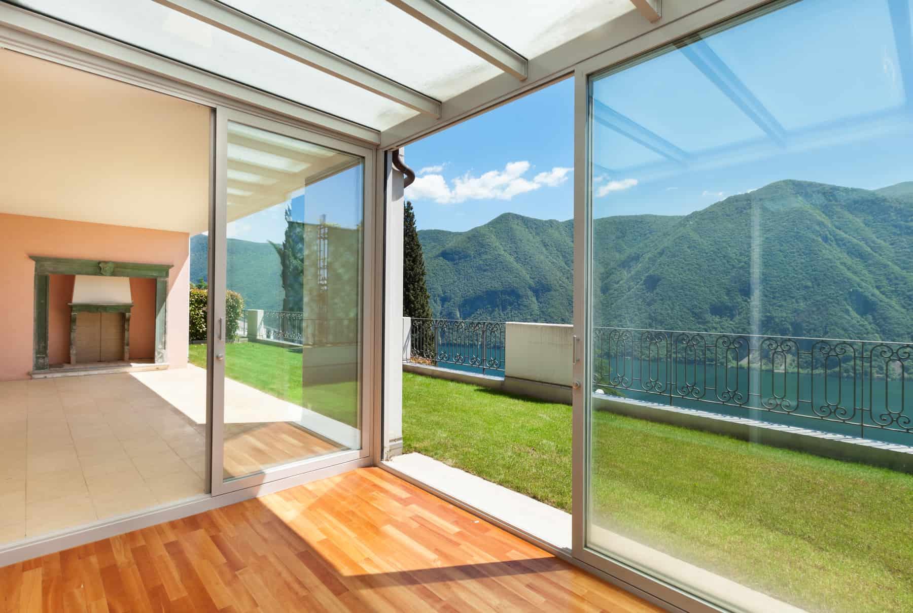 glass summer house
