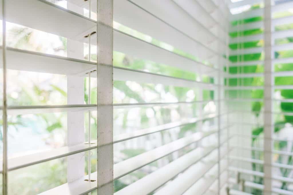 Blinds glass garden rooms