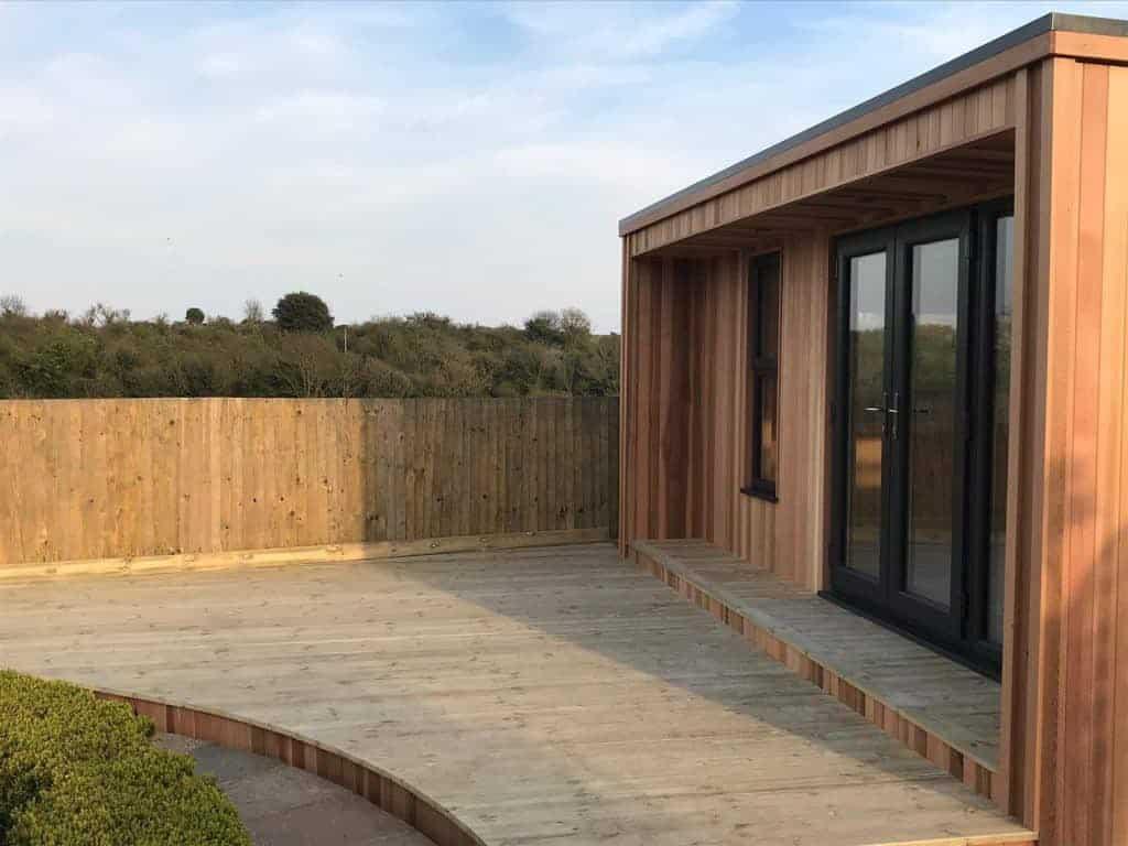 wooden-garden-features
